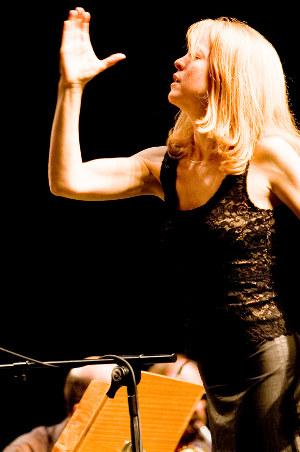 Maria Schneider conducting