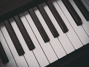 piano keys image